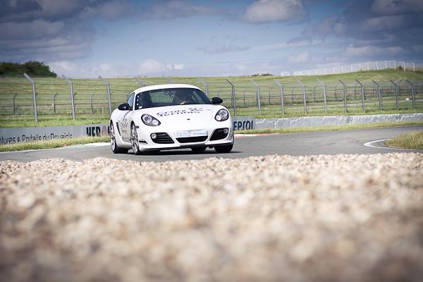 activité course automobile